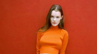 La falda 'grunge' que triunfó en los 90 vuelve rebajada a Zara