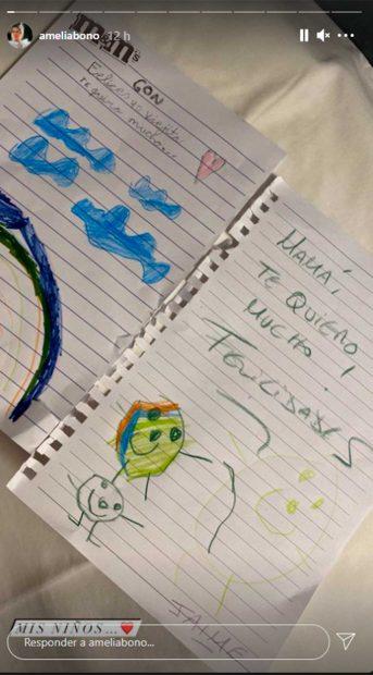 Los hijos de Amelia Bono le han felicitado el cumpleaños con cariñosos mensajes escritos en estas notas / Gtres