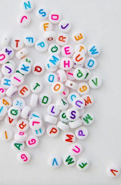 Bolas de letras del kit de abalorios de Pull & Bear./Pull & Bear