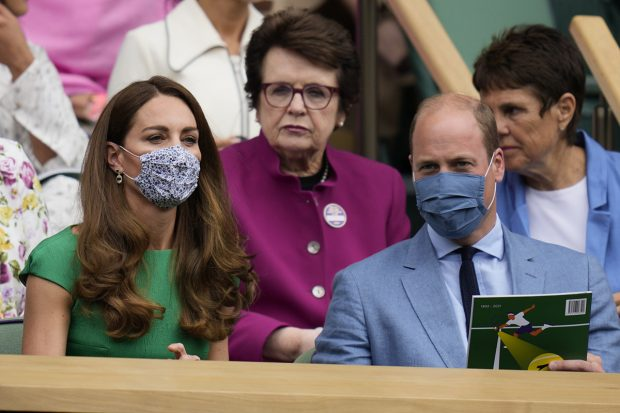Kate Middleton y el príncipe Guillermos, juntos viendo la final femenina de tenis en Wimbledon./Gtres