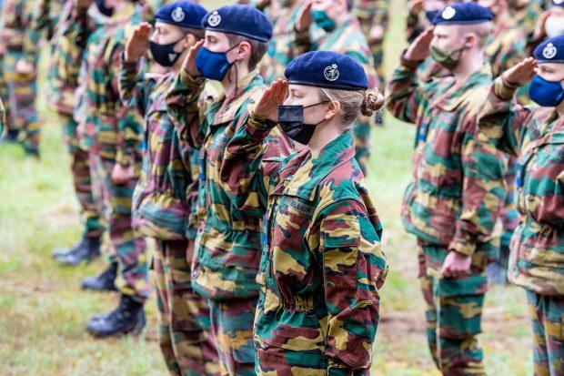 Elisabeth de Bélgica durante el entrenamiento militar./Gtres