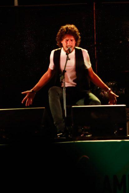 Kike Morente durante un concierto en Granada./Gtres