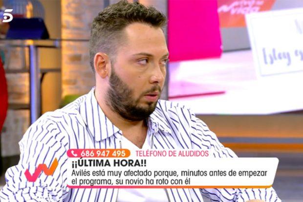 José Antonio Avilés ha roto a llorar en directo en 'Viva la Vida'./Telecinco