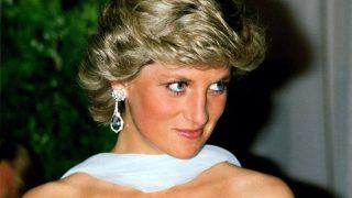 Mango Outlet rebaja la copia del icónico vestido de Lady Di en Cannes