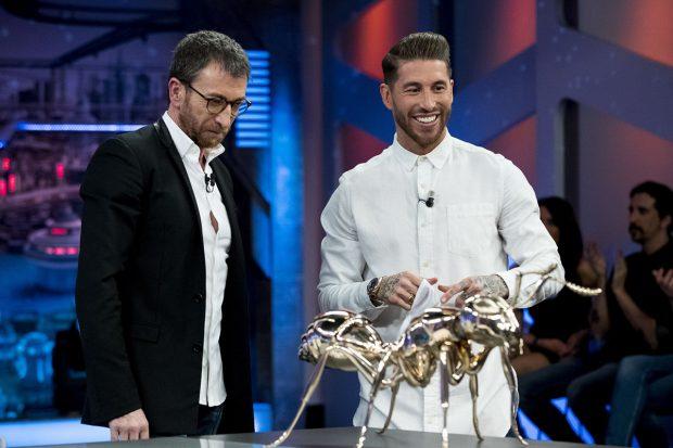 Pablo Motos y Sergio Ramos en 'El Hormiguero'./Gtres