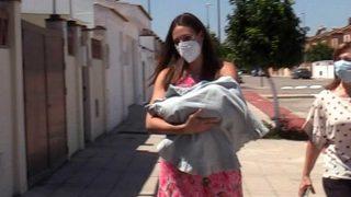 Jessica Bueno llega a casa junto a su tercer hijo, segundo con Jota / Gtres