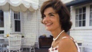 El vestido que hizo famosa a Jacky Kennedy se vende por 7,99 euros en Stradivarius