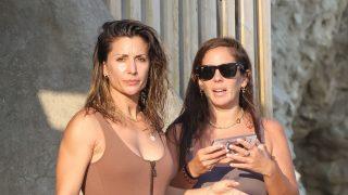 Anabel Pantoja y Nagore Robles, dos sirenas en aguas ibicencas/Gtres