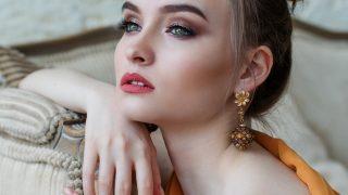 El maquillaje joya o cómo brillar durante el verano