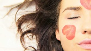 Los pasos definitivos para aplicar correctamente la mascarilla facial