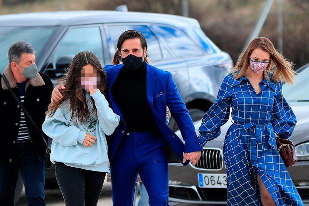 David Bustamante, junto a su hija y su novia, Yana Olina / Gtres