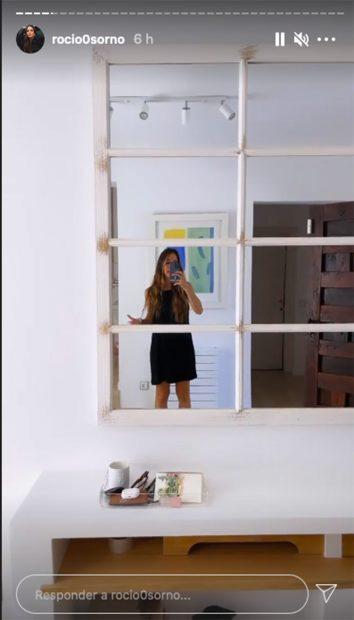 La 'influencer' muestra uno de los espejos de la casa./Instagram @Rocio0sorno