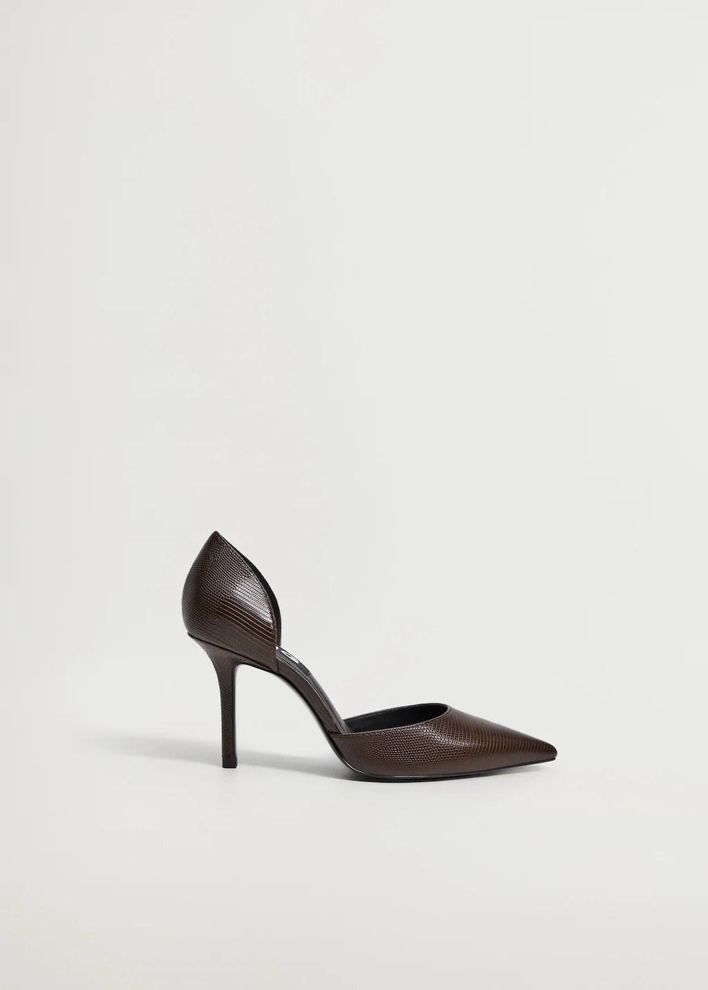 Mango rebaja el zapato que comparten Letizia y la Princesa Leonor