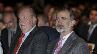 El Rey Felipe y su padre en una imagen de archivo / Gtres