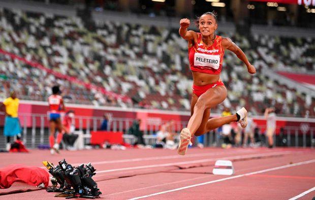 Ana Peleteiro, en el salto que le dio la medalla de bronce / Gtres