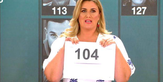 Carlota Corredera mostró la puntuación de Kiko Jiménez en el test de inteligencia de 'Sálvame' que le hace quedar último junto a Raquel Bollo / Mediaset