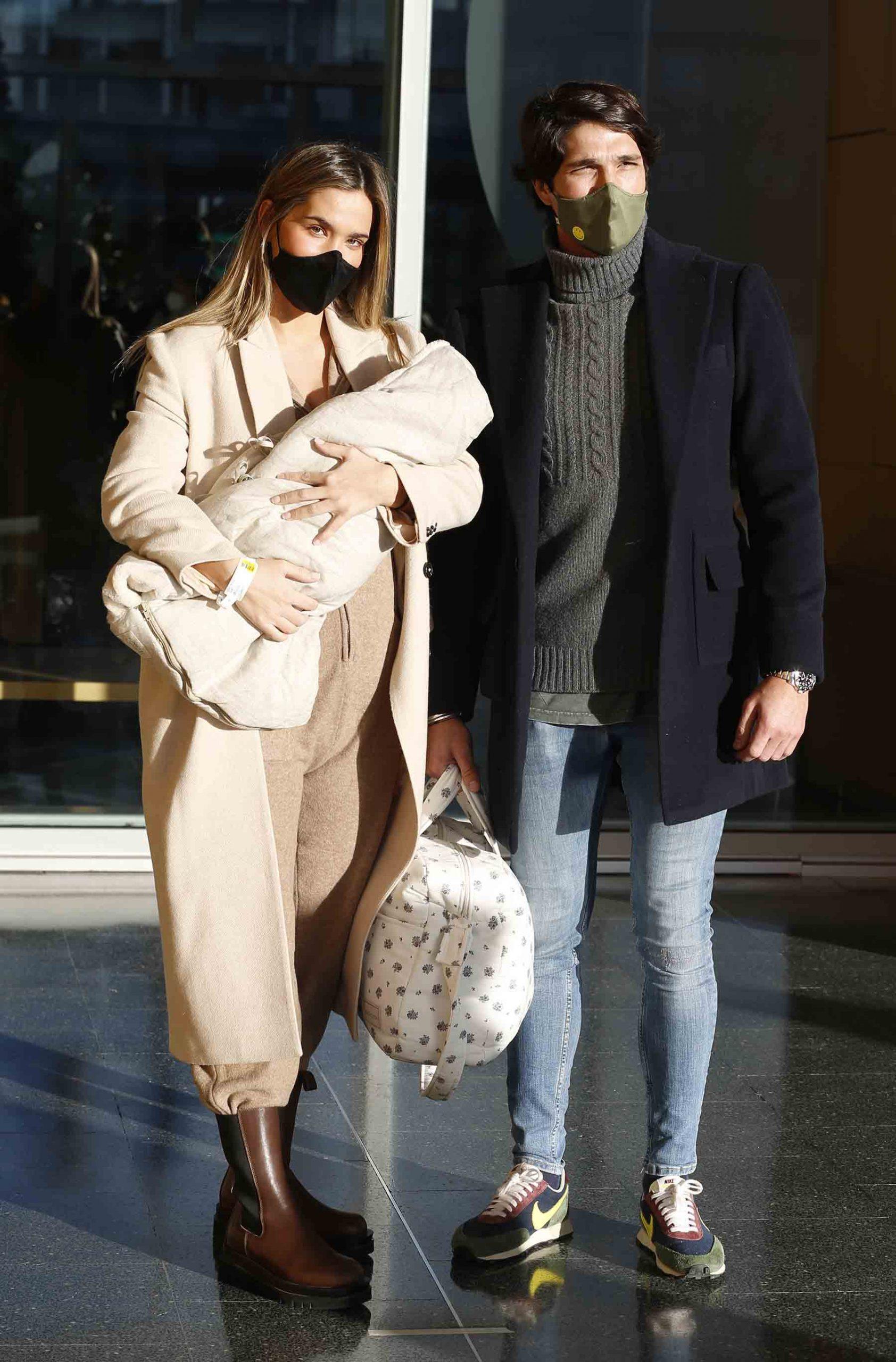 María Pombo y Pablo Castellano han sido padres hace solo unos meses / GTRES
