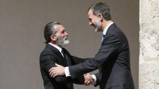 Felipe VI y Antonio Banderas en una imagen de archivo/Gtres