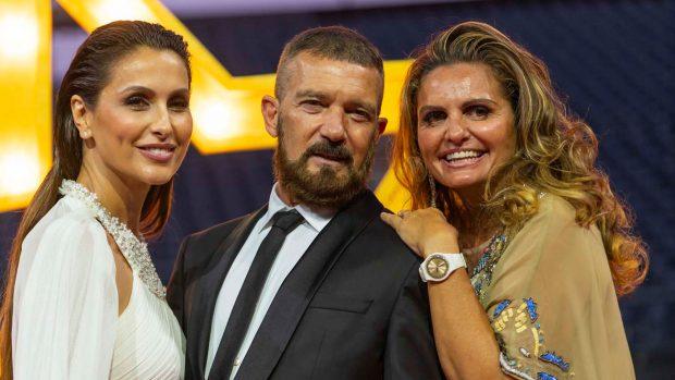 Paloma Cuevas, Antonio Banderas, Sandra García-Sanjuán