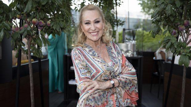 Rosa Benito ha aclarado que no está enamorada y que no maniene una relación sentimental con Luismi Rodríguez, ex de Ágatha Ruiz de la Prada./Gtres