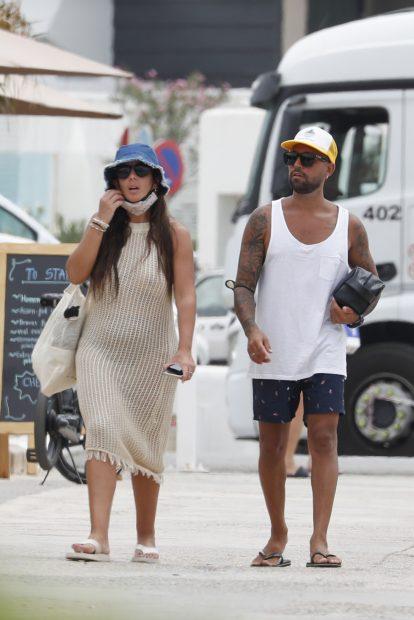 Anabel Pantoja y Omar Sánchez comienzan sus vacaciones de verano./Gtres