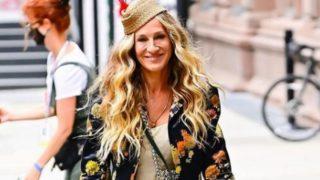 Zara se adelanta a Carrie Bradshaw y trae a España los mule con cadena de Manolo Blahnik