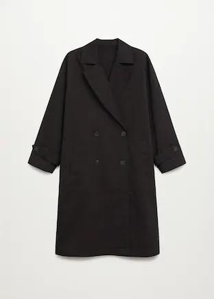 La chaqueta de entretiempo para este otoño de Jackie Kennedy está de oferta en Mango Outlet