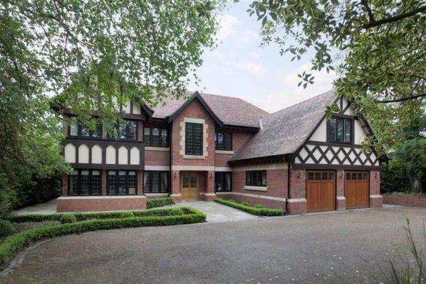 En Chorley Hall Lane se encuentra esta otra vivienda / https://www.rightmove.co.uk/