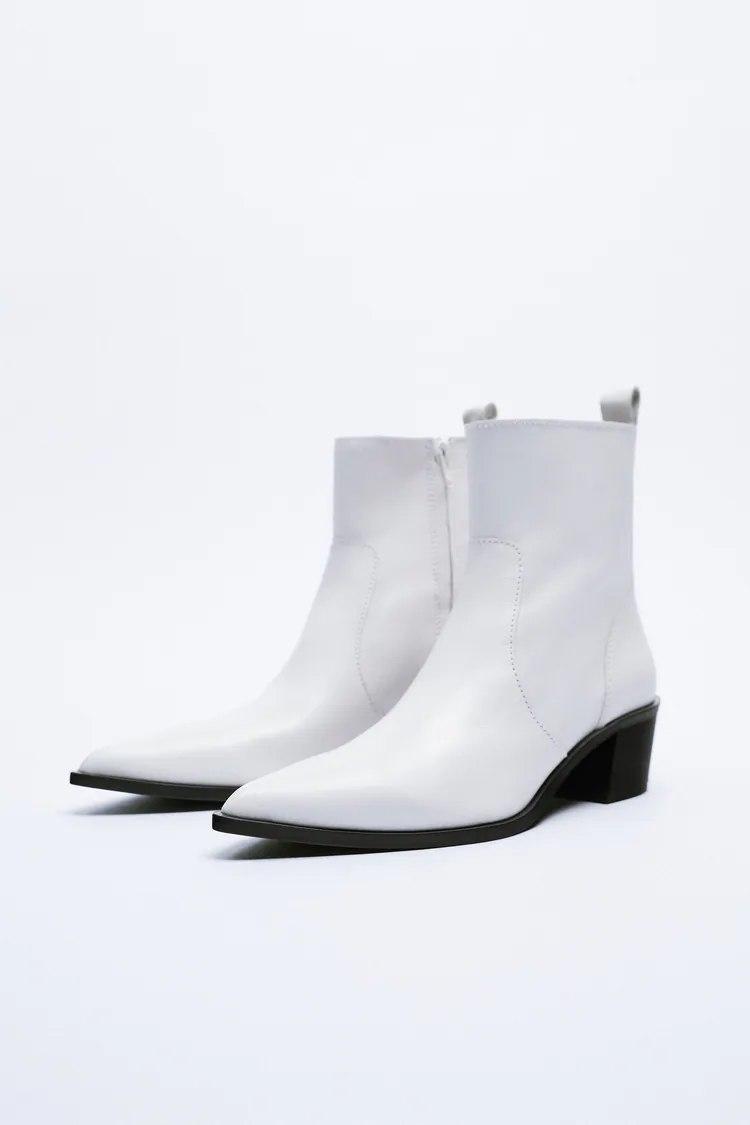 Los botines de piel de estilo cowboy de Zara son la única alternativa a las botas agotadas