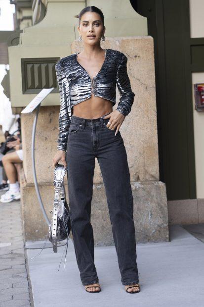 La 'influencer' Camila Coelho en la New York Fashion Week./Gtres