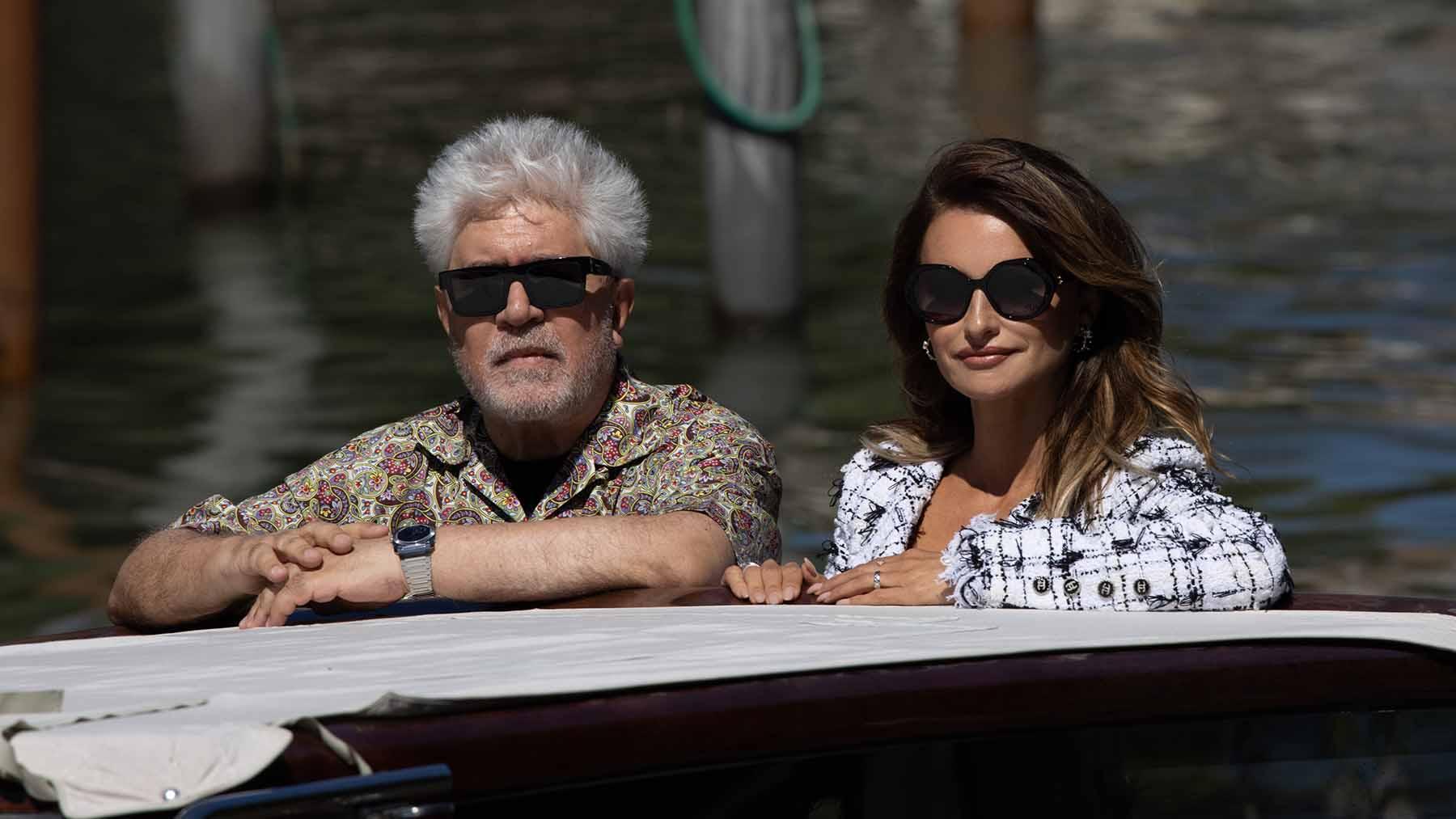 Penélope Cruz y Pedro Almodóvar en el pasado Festival de Venecia / GTRES