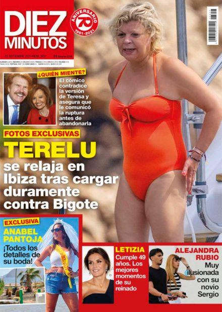 Terelu despide el verano en bañador en la portada de Diez Minutos