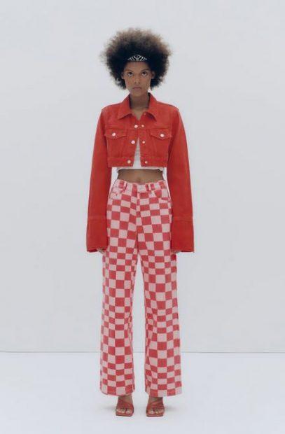 Pull and Bear tiene los pantalones agotadísimos de Zara por 4 euros menos