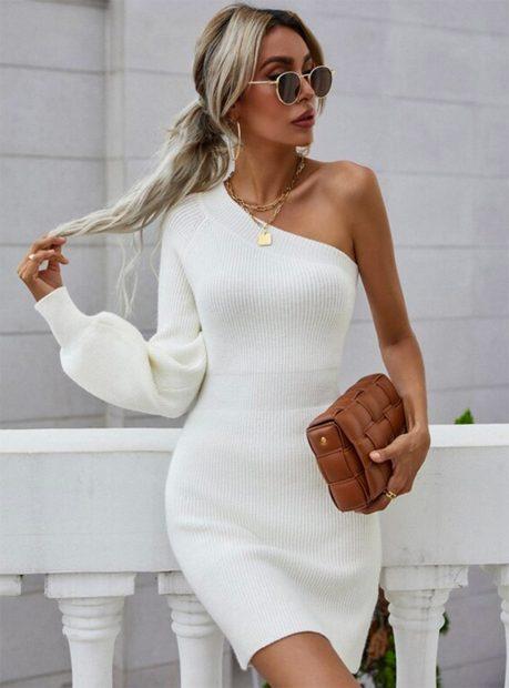 Vestido blanco de punto de Shein./Shein