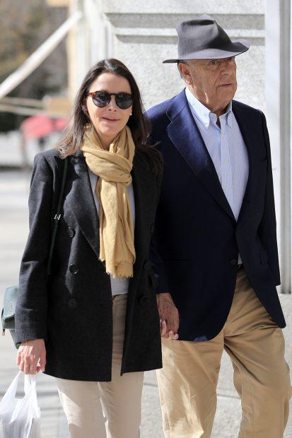 Esther Doña y Carlos Falcó en una imagen de archivo./Gtres