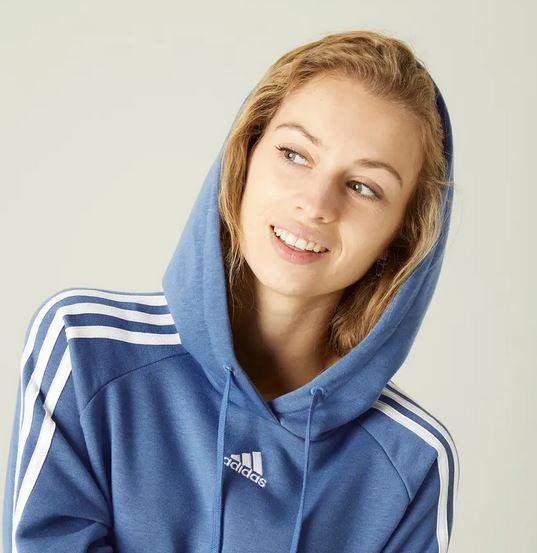 Decathlon rebaja la prenda de Adidas que necesitas para los días más fríos