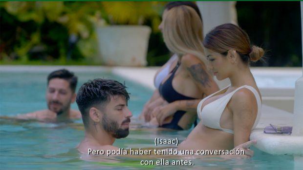 Isaac y Bela hablan sobre su romance./Telecinco
