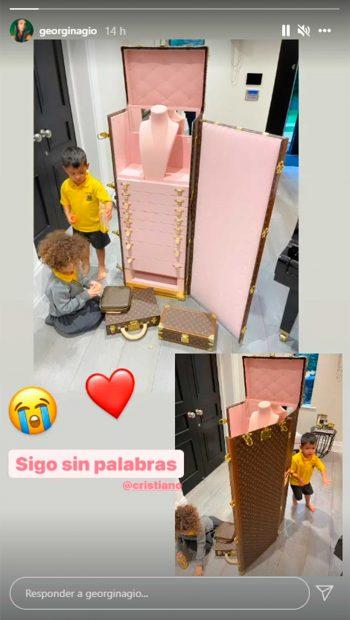 Georgina Rodriguez received this beautiful gift from Cristiano Ronaldo/Instagram